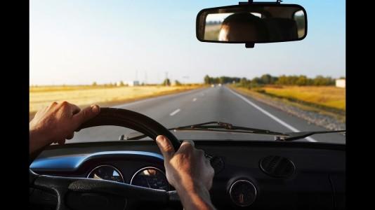 steering-wheel-driving